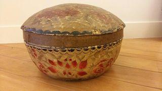 antiguo cesto oriental