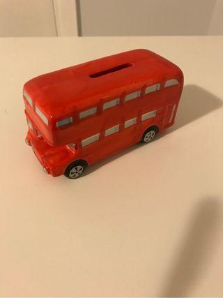 Hucha infantil bus londres
