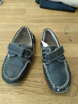 zapato náuticos de piel talla 25