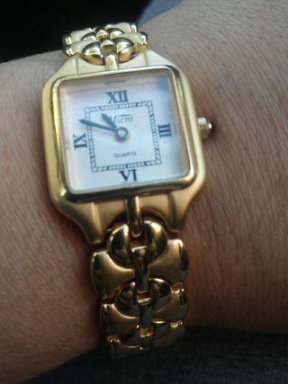 reloj micro chapado en oro en perfecto estado func