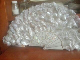 abanicos decorados para bodas
