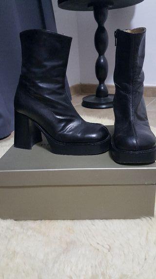 Botines Mano Mujer Segunda De Zapatos Tacon 15 € En Chica Por Botas 0wqatE