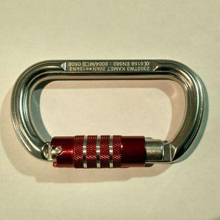Mosquetones homologados EN362 con cierre tri-lock