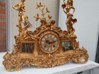 Reloj estilo victoriano de calamina