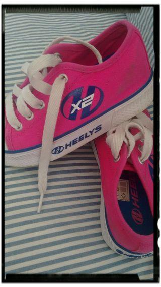 zapatillas ruedas n°30