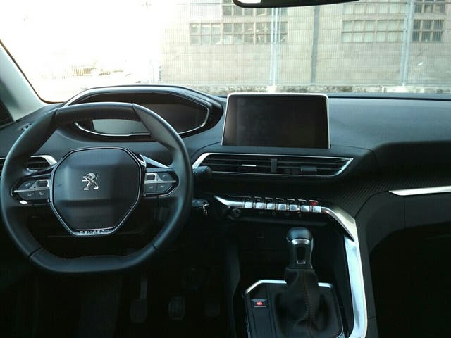 Peugeot 3008 Active 1.6 HDI 120 cv