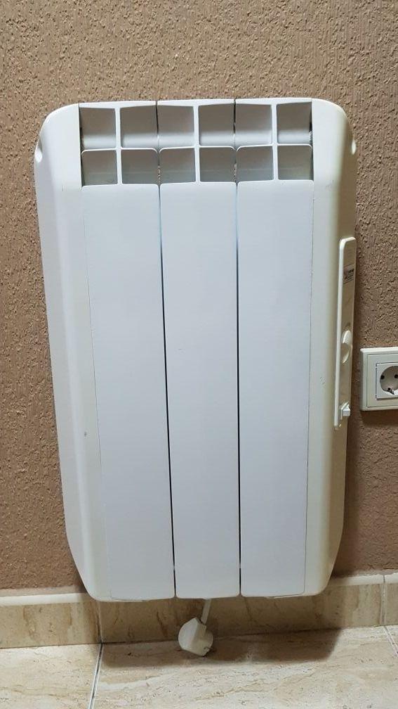Radiadores calor azul de segunda mano por 400 en yuncler - Radiadores de calor azul ...