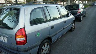 Opel Zafira 2000. URGE VENDER