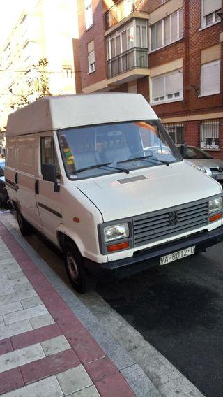 Peugeot j 5