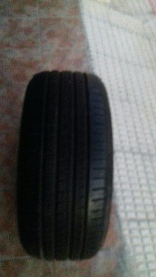 Neumático Piero, grande