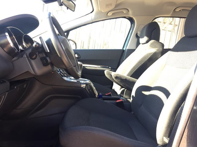 Peugeot 5008 auto