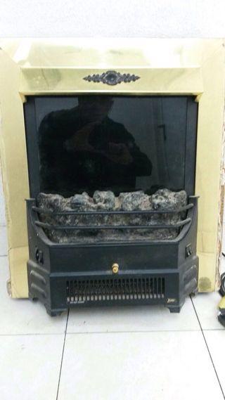 Estufa de salón que simula chimenea