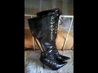 Botas negras altas