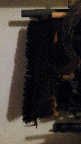 Pala,picos y cepillos barrendero