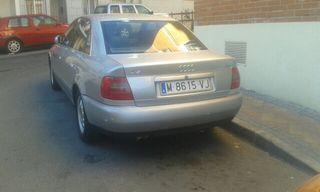 Audi A4 2.4 tracción 4 V6 5v 1998