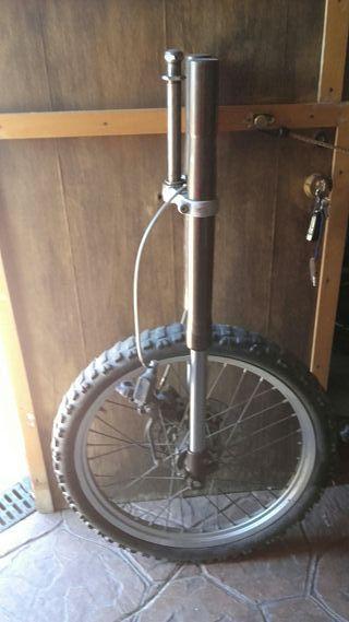 orquilla de dervi senda con rueda y pinza de freno