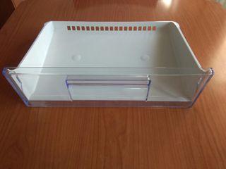 Cajón superior frigorífico zanussi