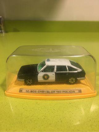 Chrysler 150 policia escala 1/43 pilen
