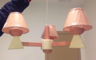 Lámpara colgante de madera nueva