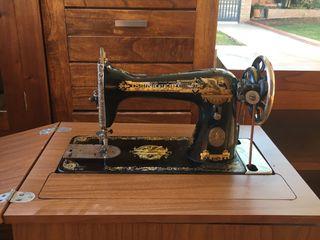 Maquina de cose singer