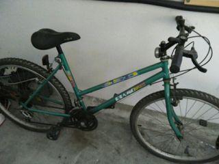bicicleta de montaña mujer