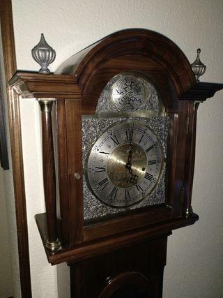 Reloj Antiguo perfecto y precioso.