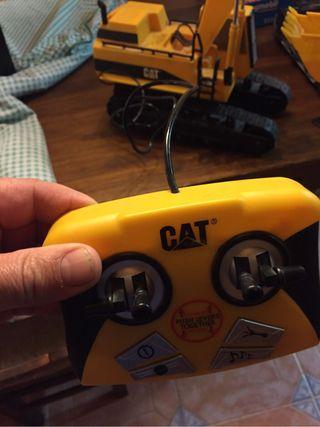 Escavadora de cable con mando