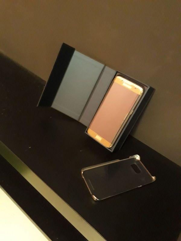 Samsung galaxy S7 edge dorado