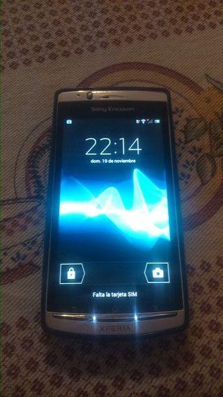 Sony Xperia ARC S - (LT18i)