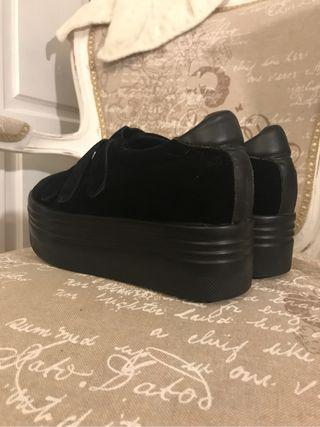 Zapatos plataforma negros moda