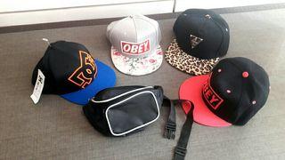 4 gorras de marca + riñonera