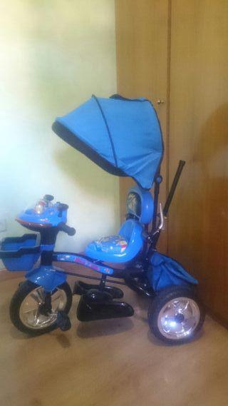 2 Triciclos infantiles