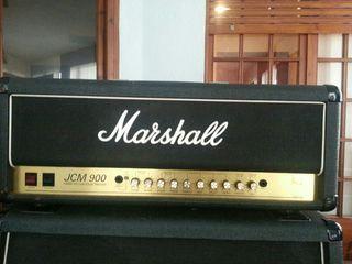 Amplificador y caja bafles.Marshall