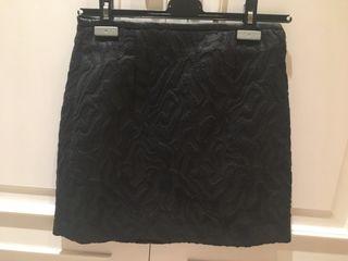 Falda negra brocada XS