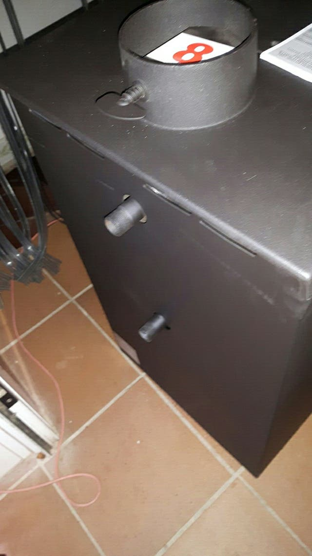 Estufa de le a para radiadores de agua o no de segunda for Estufa lena calefaccion radiadores