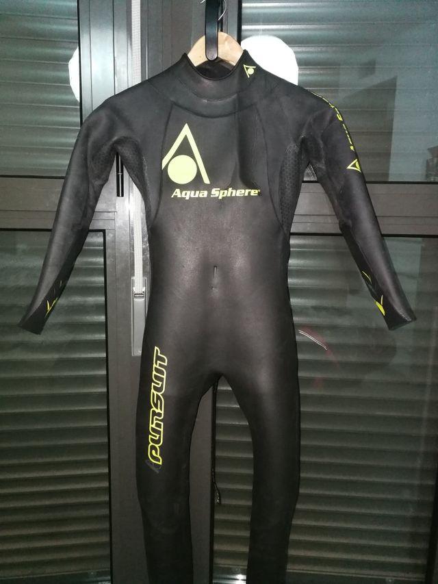 9ccdcb21a666 Neopreno natación Aqua Sphere de segunda mano por 100 € en Valencia ...