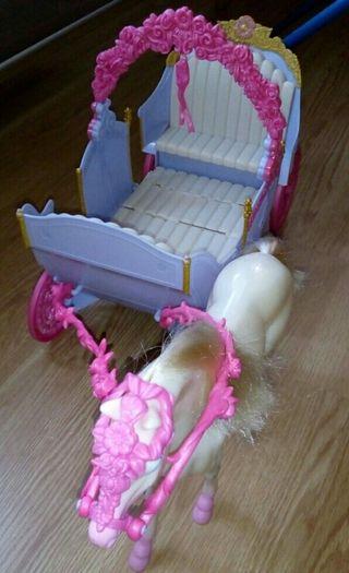Carroza Barbie, Princesas....