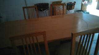 mesa de madera moderna y extensible
