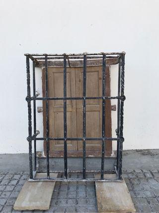 Reja ventana antigua