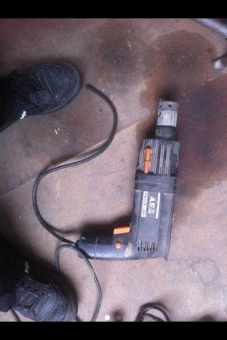 Taladro Percutor Electrico