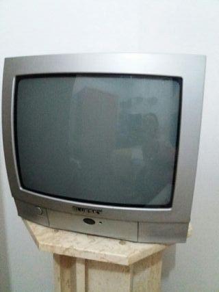 tele y makina registradora