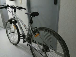 Bicicleta mujer.