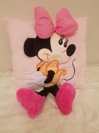 cojin minnie 15€