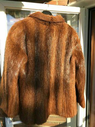 Abrigo piel nutria salvaje