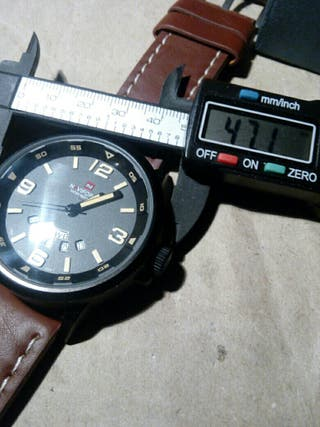 reloj pusera Navy Force maquina miyota gran tamaño