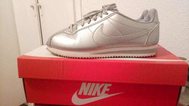 Nike Cortez (edicion limitada)