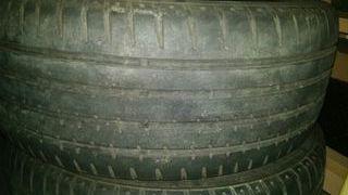 2 neumáticos