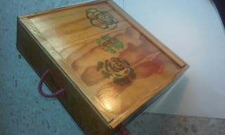 Caja madera decorada artesanía