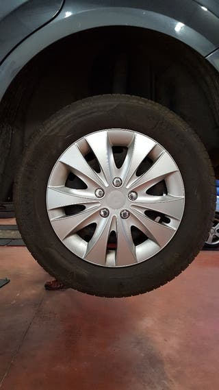 """Llantas sin neumáticos Ford de 15"""" de acero, 5x108"""