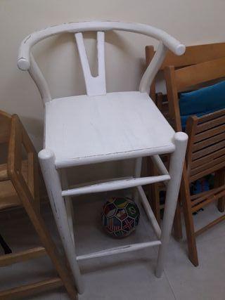 taburete de madera..silla